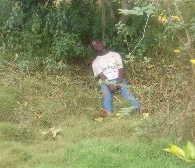 FRSC officials rescue suicidal man from hanging himself on a tree in Kogi state (photos)