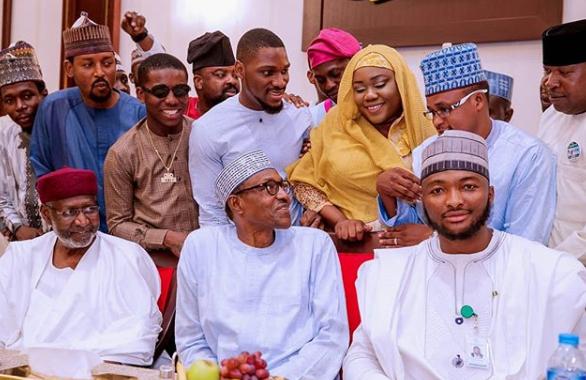 Photos: President Buhari breaks Ramadan fast with Tobi Bakre, Sound Sultan, Tania Omotayo, Kunle Afolayan, others