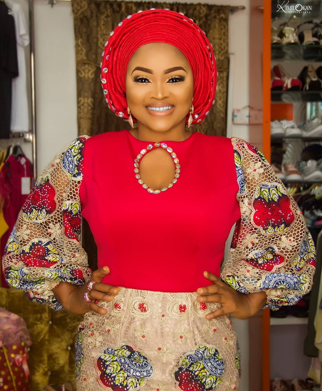 big-girl-mighty-god-mercy-aigbe-slays-in-owambe-look-as-she-shows-off-her-big-sister