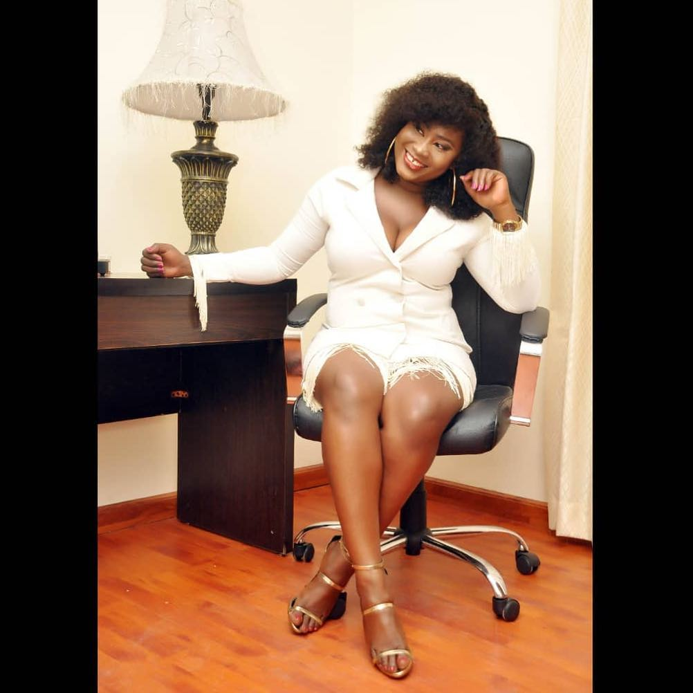 men-can't-resist-my-gap-tooth-dimple-–-yoruba-actress-yetunde-bakare-boasts-1
