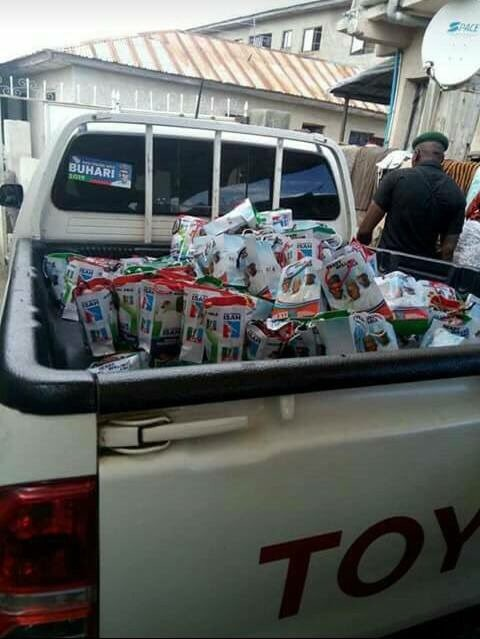 you-just-need-to-see-the-content-of-this-bag-kogi-state-bye-election-photo