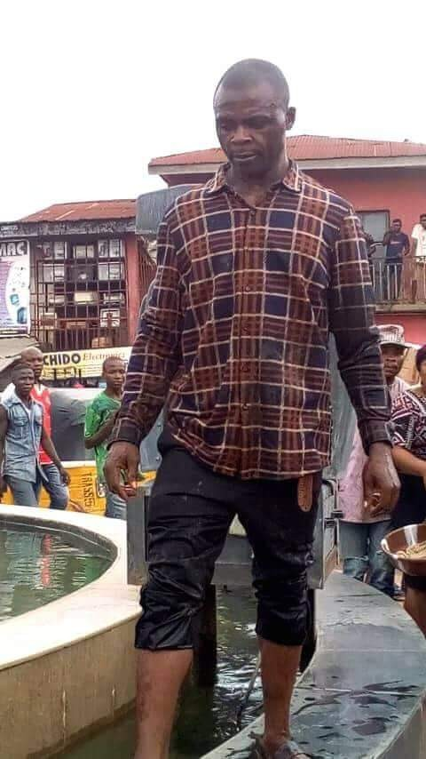 man-pulled-down-statue-commissioned-by-buhari-in-ebonyi-says-holy-spirit-sent-him