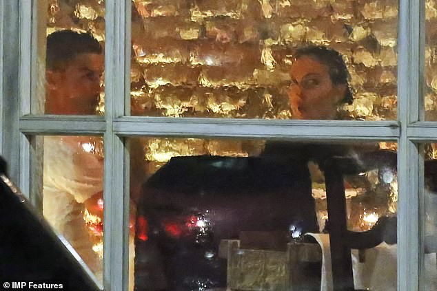 Cristiano Ronaldo and girlfriend Georgina Rodriguez enjoy a dinner date?in Milan together?(Photos)