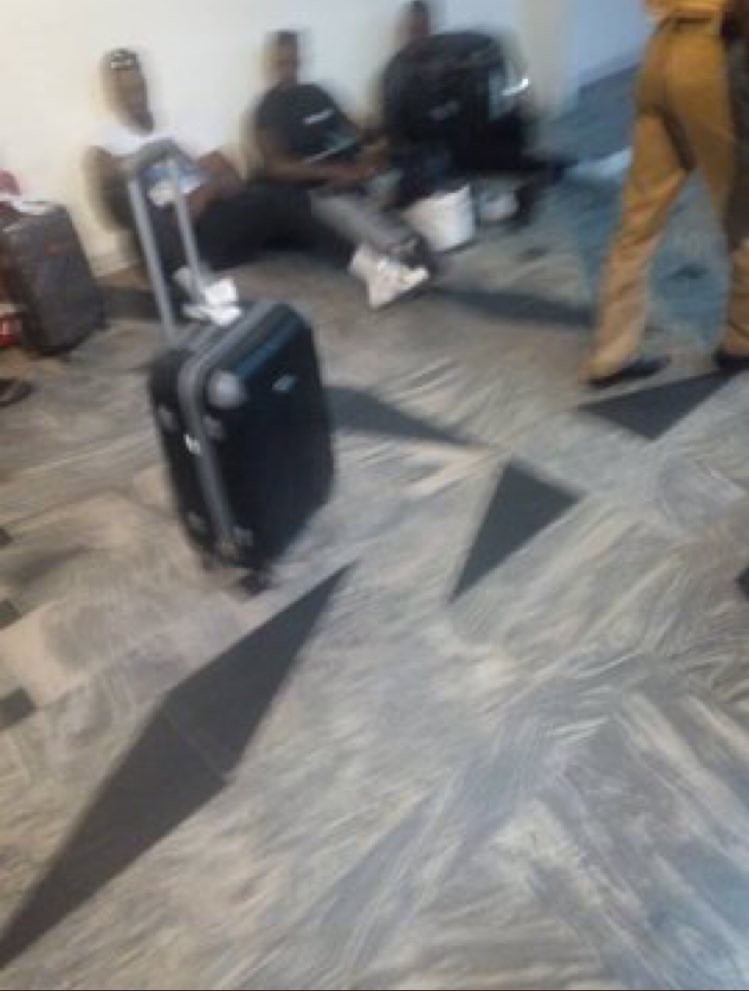 Kupe-Boys-reportedly-forced-to-sit-at-the-floor-at-Nigerian-airport-GISTREELnews-5