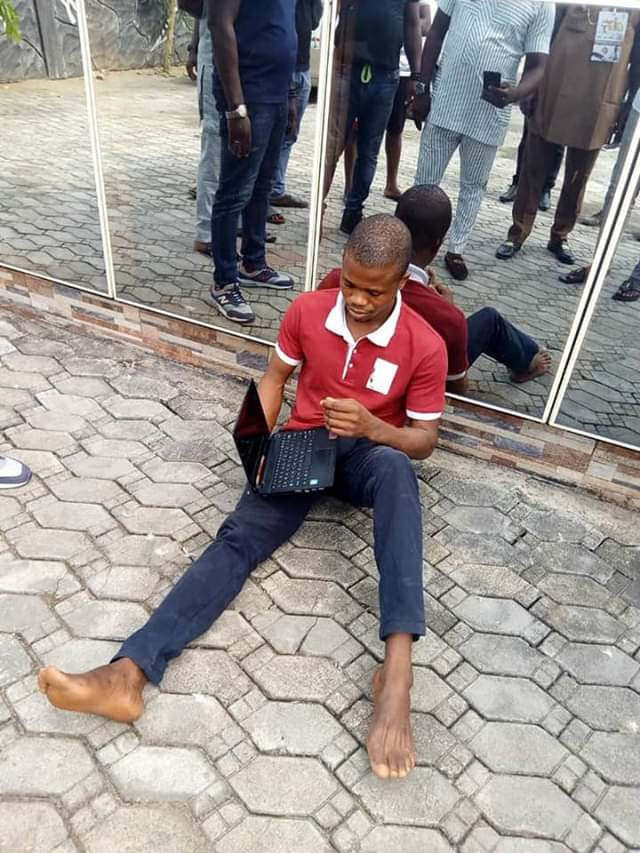 Photos: Bayelsa State Vigilante nabs man who buys stolen goods, recovers N150,000 Laptop he bought for N5,000