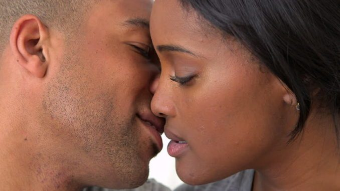 5-diseases-and-infections-you-can-get-from-kissing