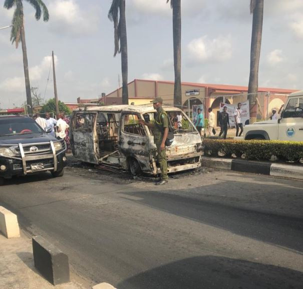 Photos/Video: Commercial bus goes up in flames inside Unilag