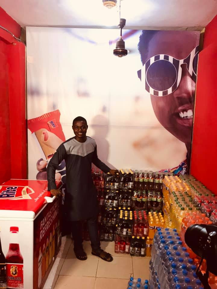Photos: Remember the gala seller that gave most of his goods to prisoners in a van? see how his life has changed