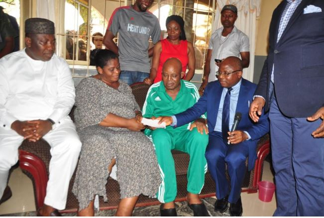 Photos: Femi Otedola fulfills $50,000 promise to Christian Chukwu?