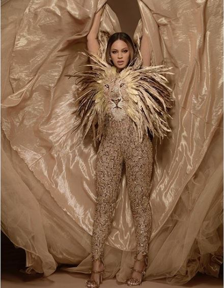 Beyonce releases stunning new photos dressed as her character