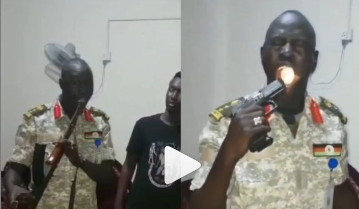Surprising! Soldier Fires Guns Into His Mouth To proves His Bulletproof Magic (Video)