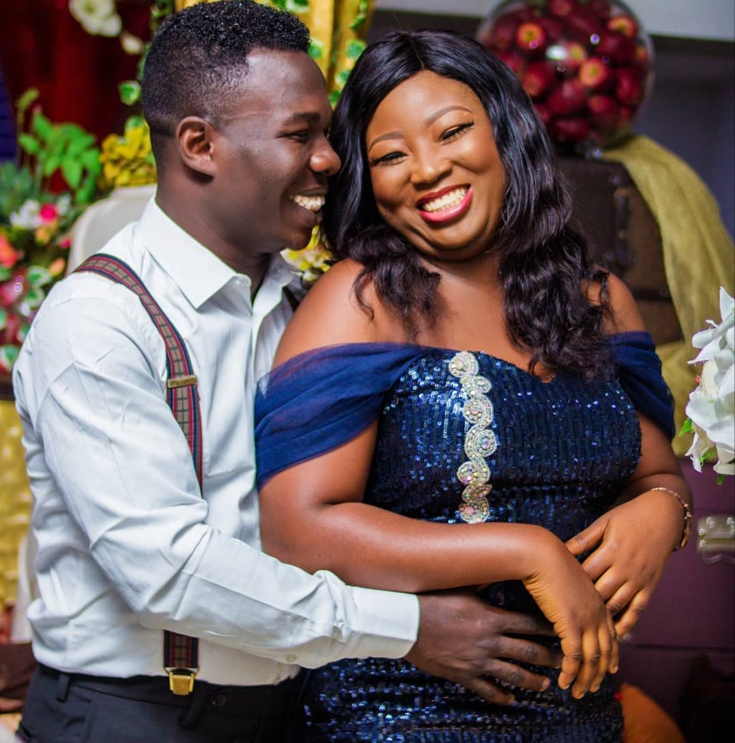 Comedian Dele Omo Woli weds his heartthrob (photos)