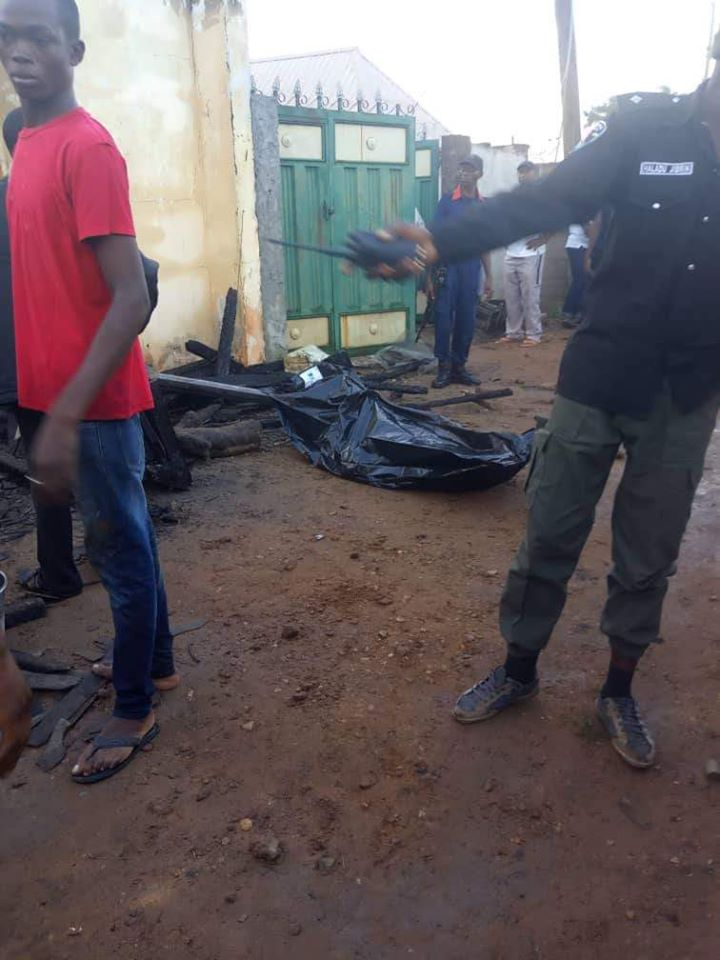 PHOTOS: Permanent Secretary, His Pregnant Wife And Two Kids Burnt To Death In Fire Outbreak 6
