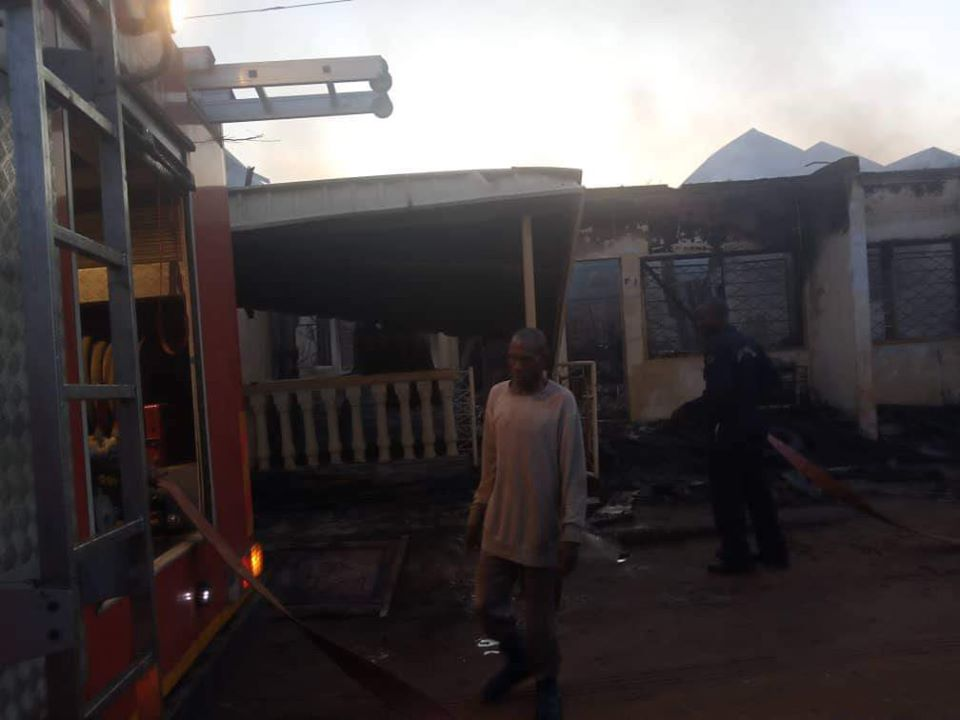 PHOTOS: Permanent Secretary, His Pregnant Wife And Two Kids Burnt To Death In Fire Outbreak 5