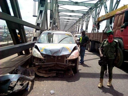 Tragedy as five vehicles crash at River Niger bridge