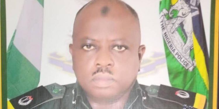 Anambra policeman, wife die in auto crash