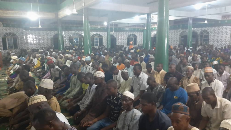 300 angry Muslims attack Lagos State Govt. Coronavirus taskforce at Agege Central taskforce