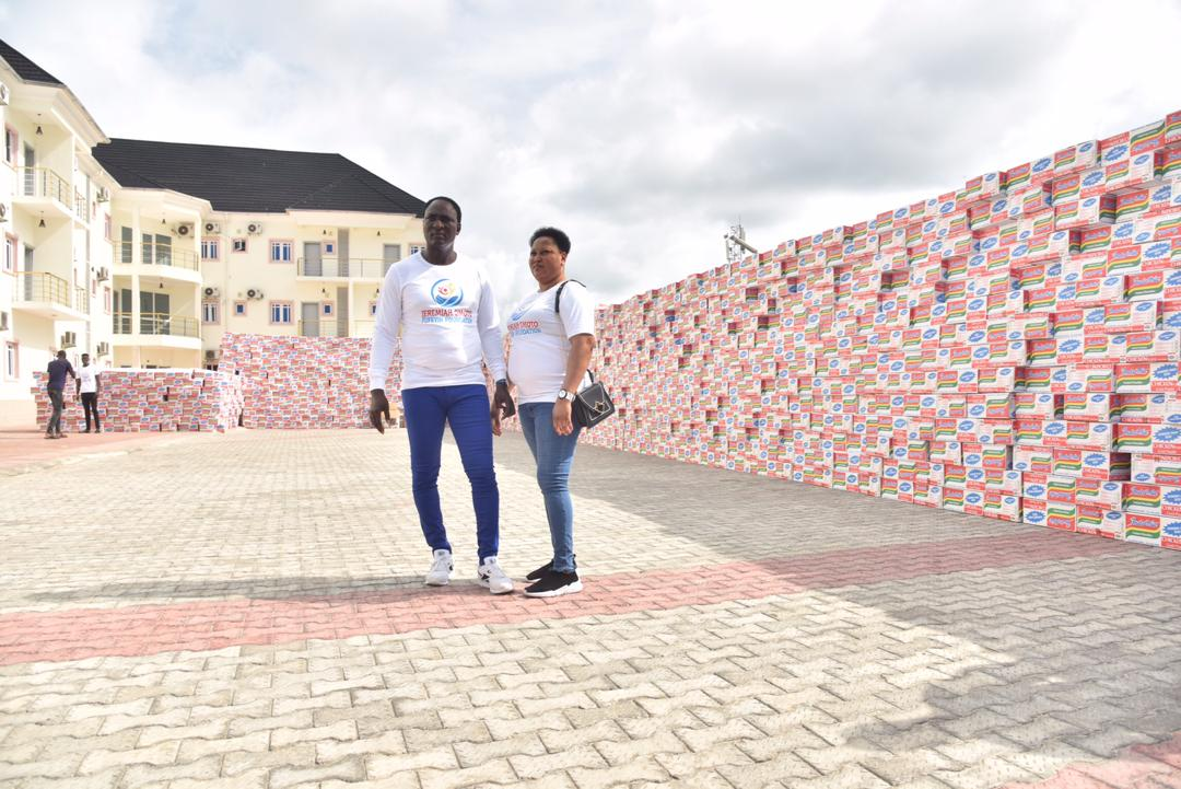 COVID-19: Jeremiah Omoto Fufeyin Foundation donates 250m Online and relief materials worth 25m to Govt.