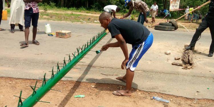 Osun intensifies efforts to curb Coronavirus, barricades borders