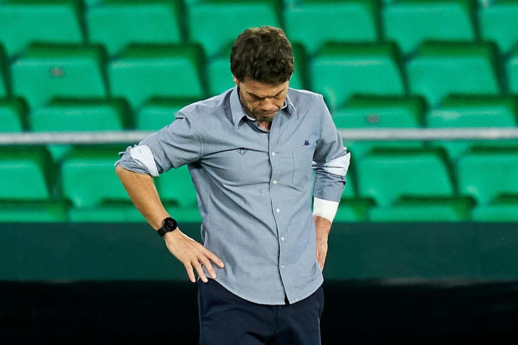 Real Betis sacks coach after winless return
