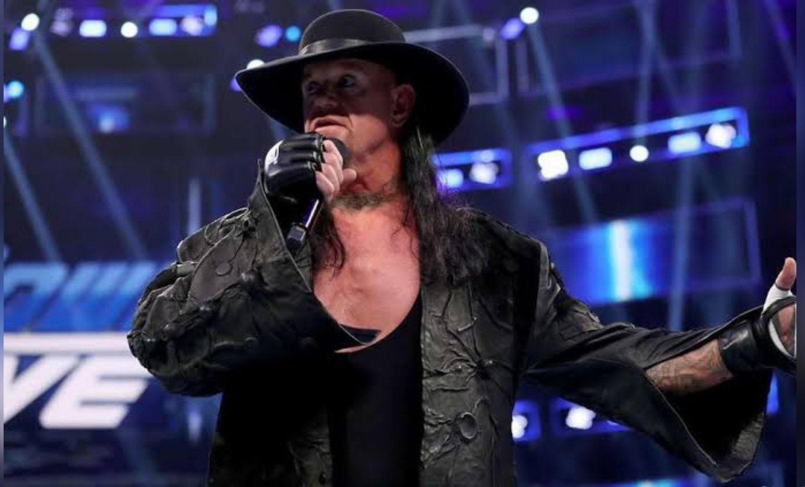 Undertaker announces retirement from wrestling