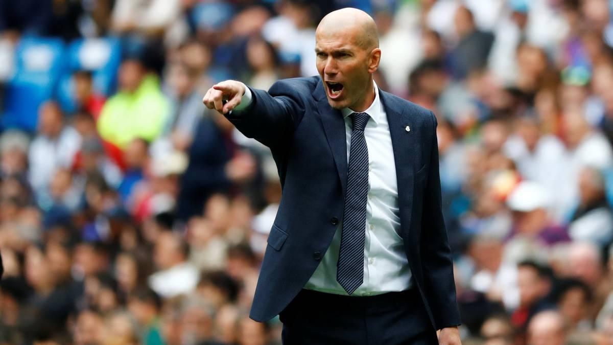Zidane names the best defender in world football