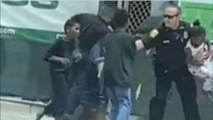 See heart-breaking and teary moment Tampa police officers forcibly separate kids from their mothers