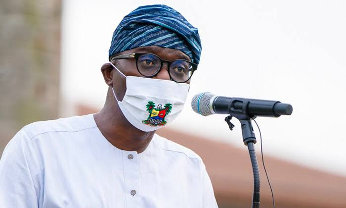 Sanwo-Olu unveils 5,000 transistor radios for access to learning