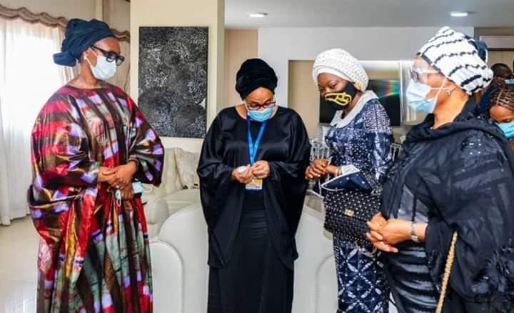 Aisha Buhari visits Ajimobi's widow