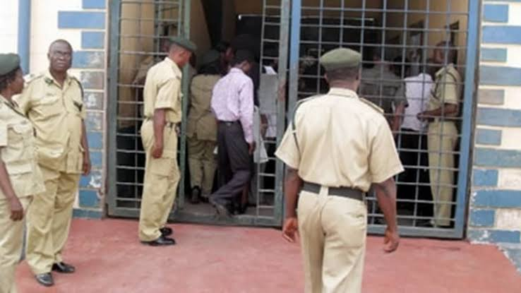 COVID-19: FG releases 7,713 inmates to curb virus spread in correctional centres
