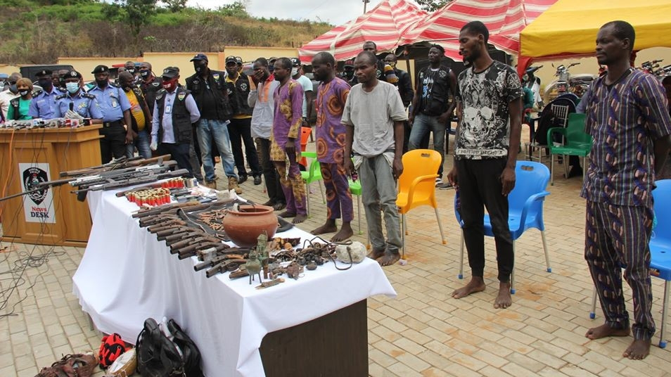 Police arrest 7-man criminal gang for multiple bank robbers in Ekiti and Ondo states
