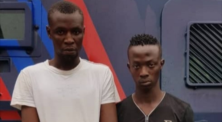 Two traffic robbery suspects arrested and stolen phones recovered by police