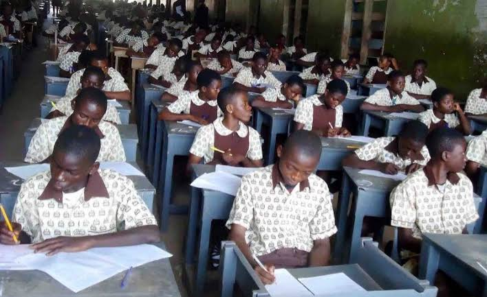 COVID-19: FG says no going back on suspension of WAEC exam, Schools' resumption