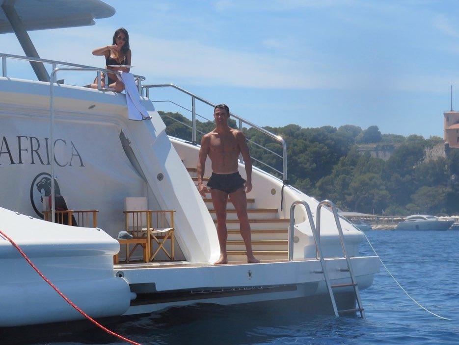 Cristiano Ronaldo splashes £8.5m on Bugatti Centodieci after buying luxury yacht for £5.5m
