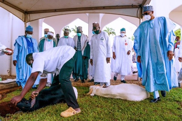 Buhari celebrates Eid-el-Kabir with family (PHOTOS)