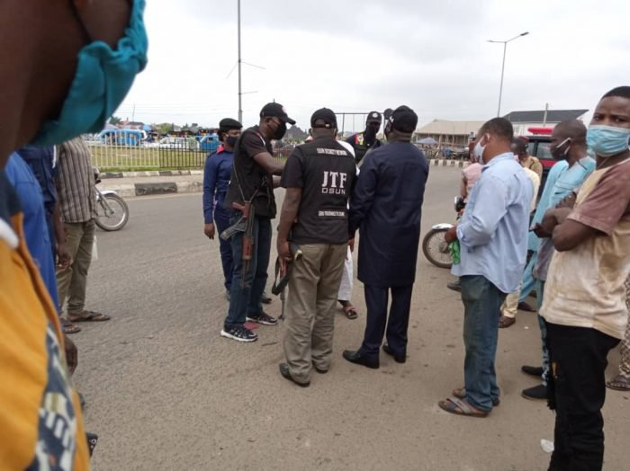 Osun Commissioner allegedly orders COVID-19 Taskforce officials to beat up journalist for taking photos