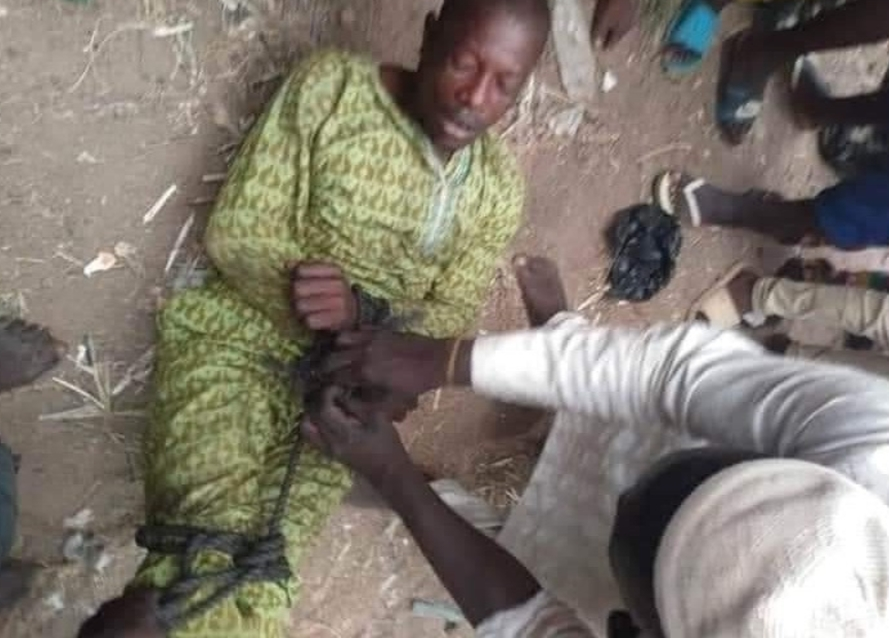 Photo: Man ''tied up and sent back home'' after leaving his family in search of greener pastures for 6 years