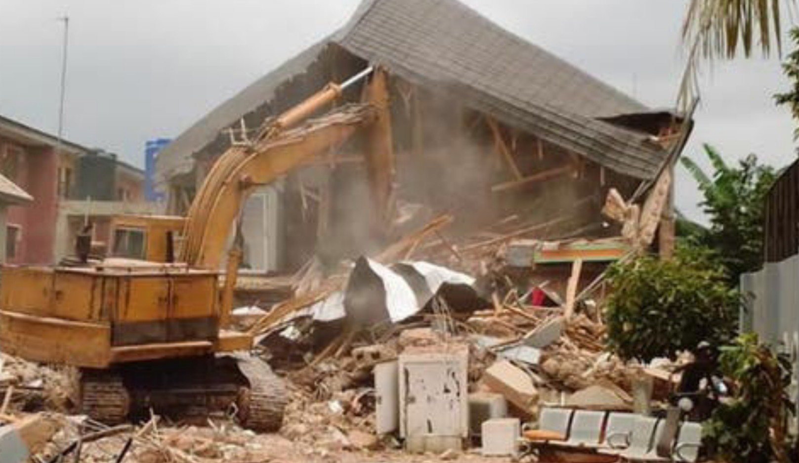 Enugu Govt demolishes house of man who pulled down Airport fence