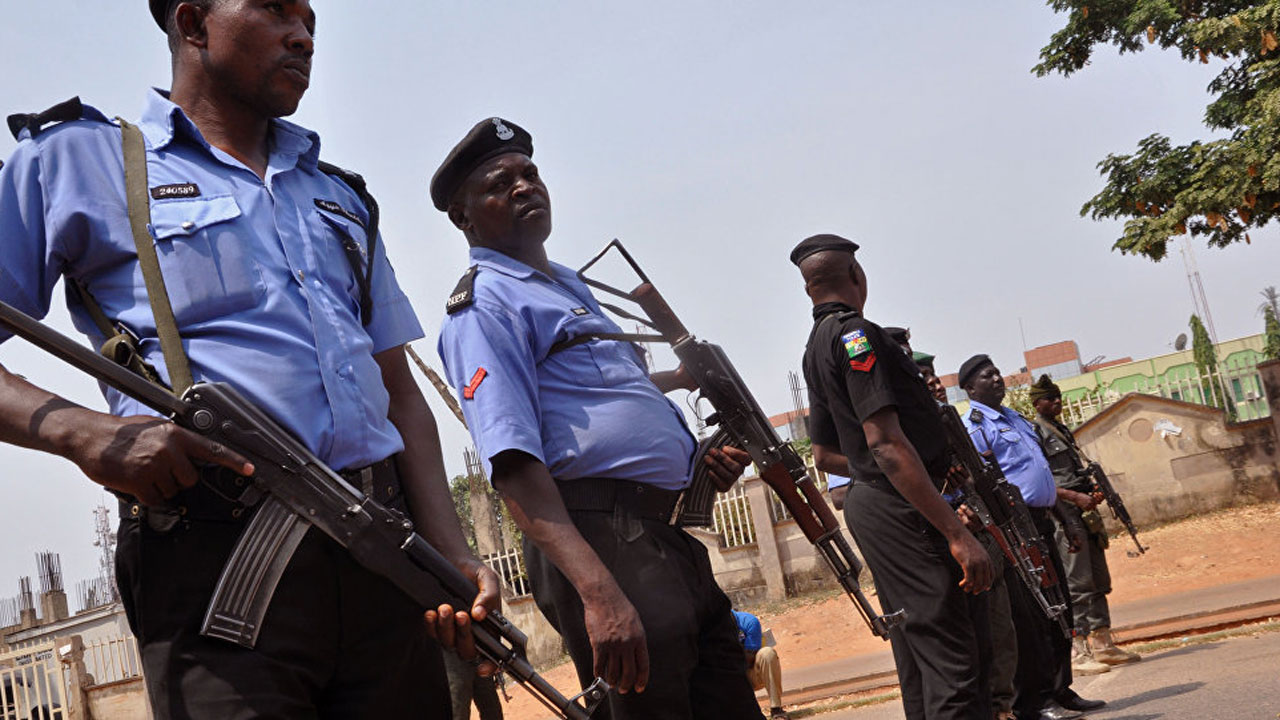 Gunmen shoot corporal dead as they invade Police Station, cart away ammunition in Ibadan