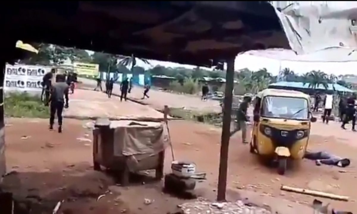 BREAKING: Two reportedly dead as IPOB members and security ...