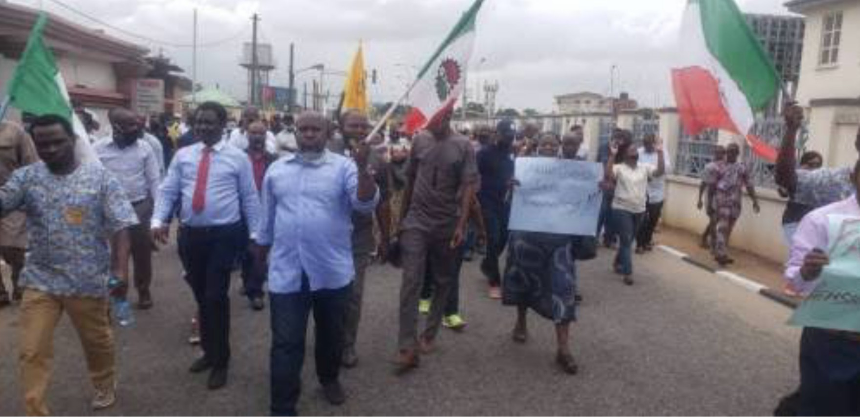 FAAN workers threaten strike, reject Abuja airport, others' concession
