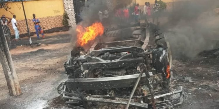 BREAKING: Several Passengers burnt to death as bus catches fire in Anambra