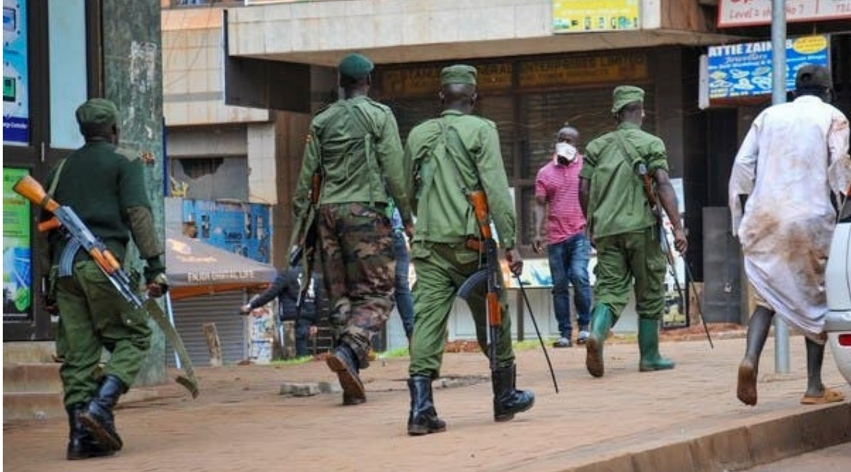 Uganda police launch manhunt for 215 escaped prisoners after jailbreak