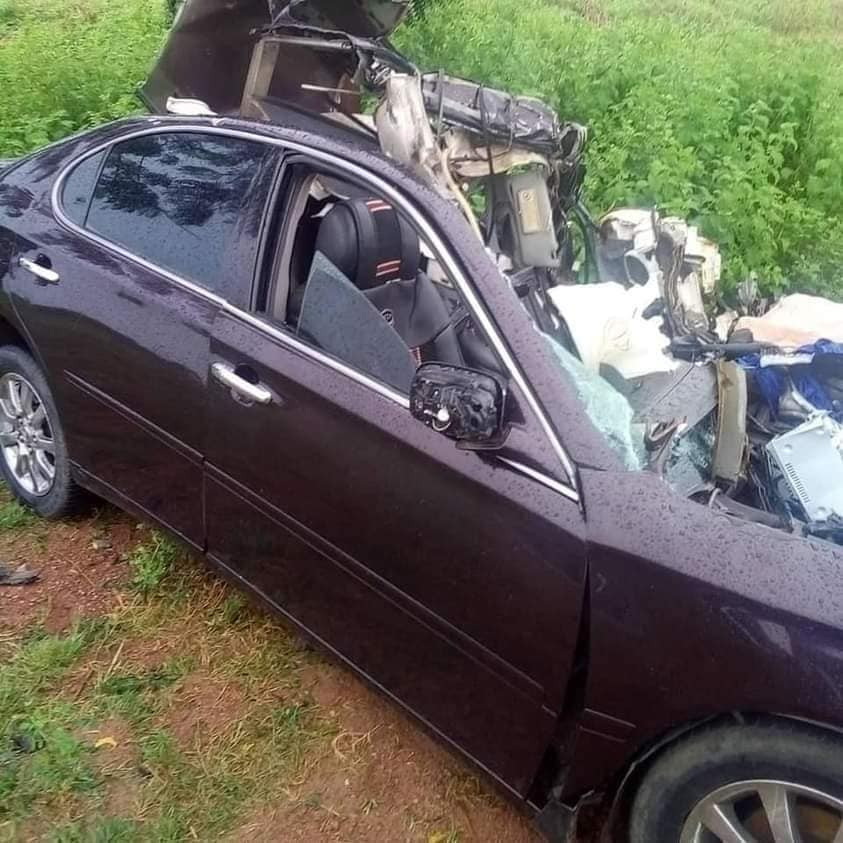 Couple, 3 kids die in ghastly accident enroute Jigawa