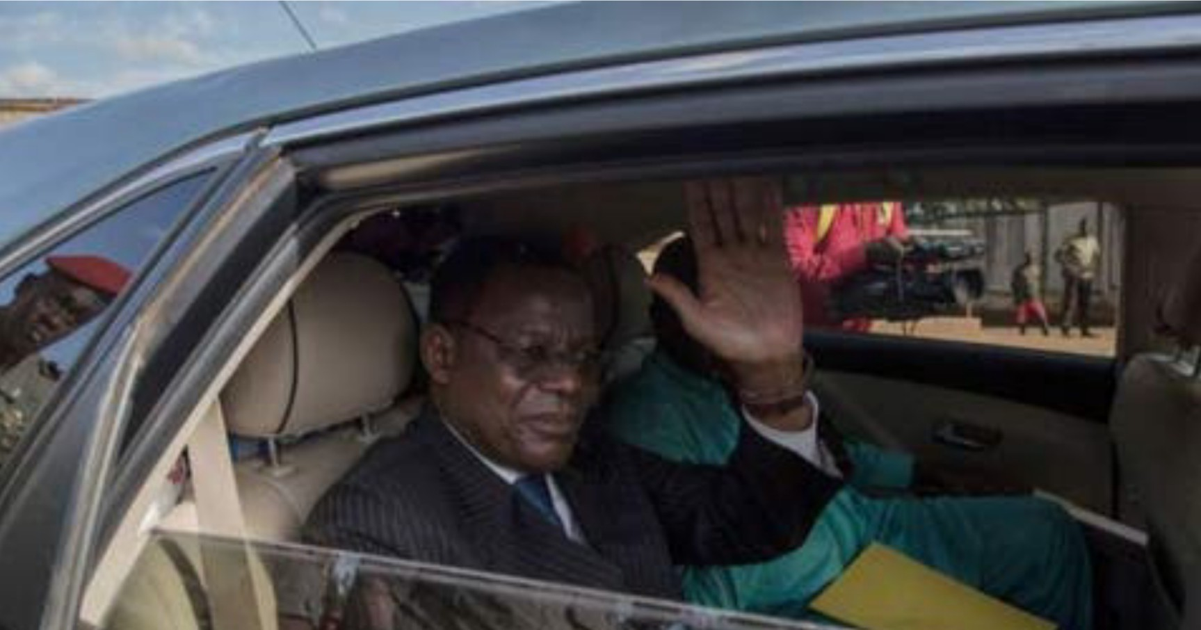 Police confine Cameroon opposition leader at home