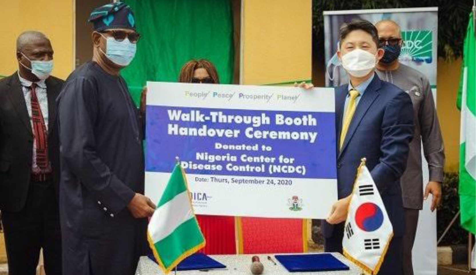 Nigeria receives sample collection booths from Korea