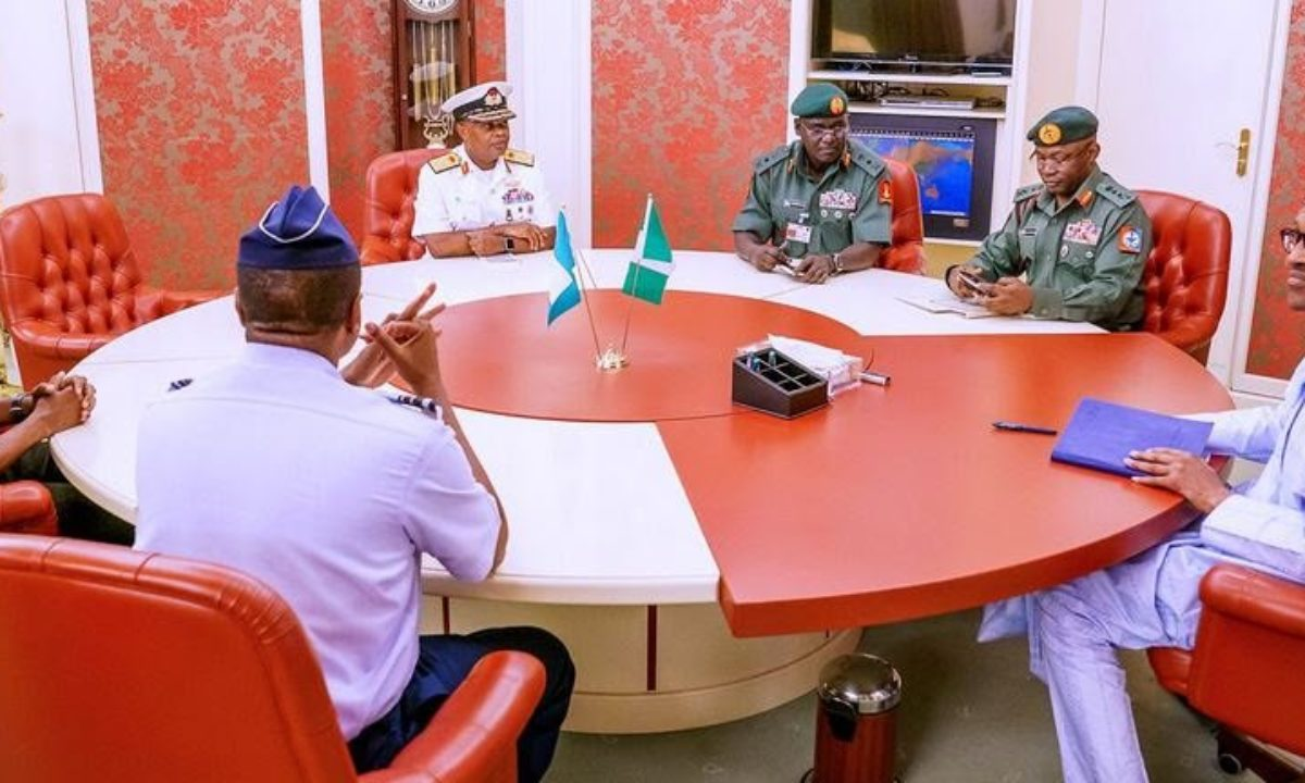 """Save the people"""" – Aisha sends powerful message to Buhari, Service Chiefs  amid nationwide protests"""