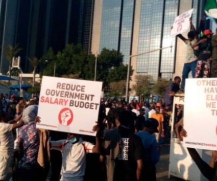 #EndSARS protesters block CBN head office, demand cut in govt salary budget
