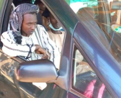 Kidnapper in trouble after boarding vehicle owned by one of his past victims in Katsina
